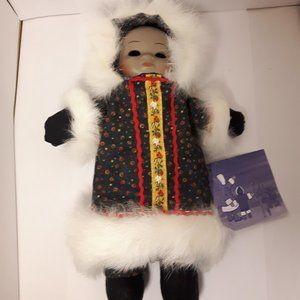 CHILDREN OF THE NORTH PORCELAIN ESKIMO NWT Flaw